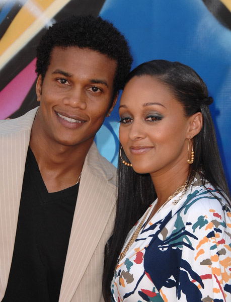 tia mowry and tamera mowry. Tia Mowry Is Expecting Her